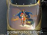 gold wing (2)