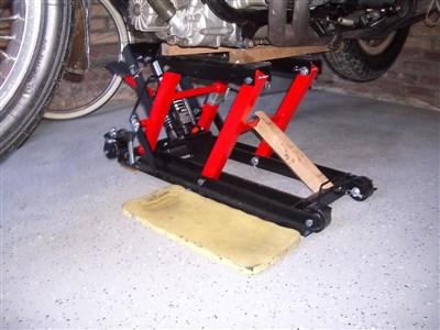 Motorcycle Lifts • Tech Talk • goldwingdocs com