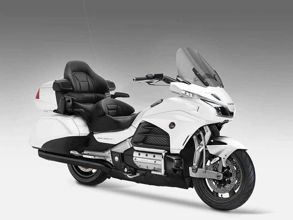 2018 honda goldwing f6b. delighful 2018 perhaps the 1 worstkept secret about new gl1800 is its allnew  leadinglink suspension that once and for all does away with telescopic forks to 2018 honda goldwing f6b o