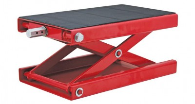 It Is The Extreme Max Wide Motorcycle Scissor Jack 1100 Lb I Put Under Engine