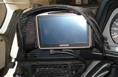 Tell City Indiana >> GPS Mount • GL1500 Information & Questions • goldwingdocs.com