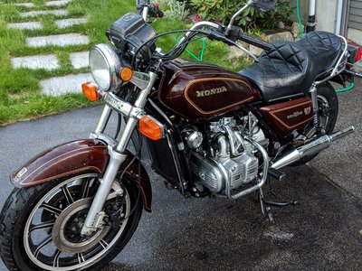 FS : 83 GL1100 Naked / Standard • For Sale/Wanted