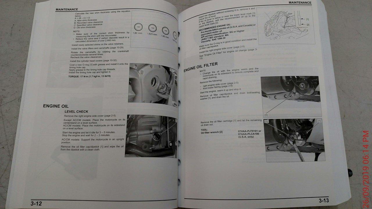 Honda Goldwing 1800 Gold Wing Tour 2018 2019 service manual in binder