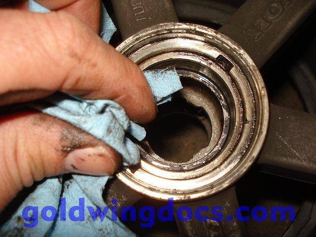 Front Wheel Honda GL1500 J//K//L Gold Wing Deep Groove Radial Ball Bearings