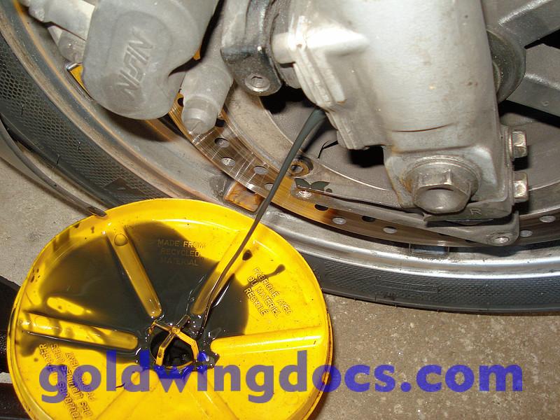 Vidange de fourche 1500 GL1500_Fork_Oil_21