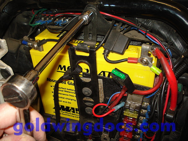 How To Replace Your Battery \u2022 Gl1500 Diy Articles Goldwingdocsrhgoldwingdocs: Honda Goldwing Battery Location At Gmaili.net