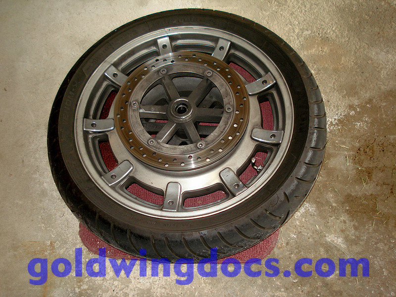 remounting tires on rims • GL1800