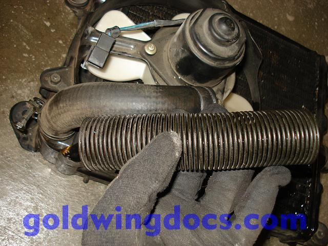 How to replace your radiator hoses • GL1100 DIY Articles