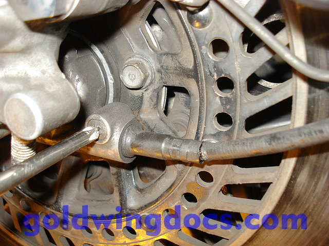 How to replace your speedometer cable • GL1100 DIY Articles