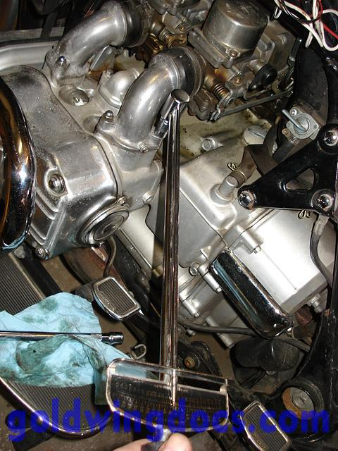 How To Replace Your Throttle Cables Gl1100 Diy Articles