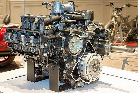 2018 GL1800 Engine