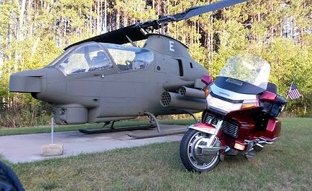 GL1500 next to helicopter
