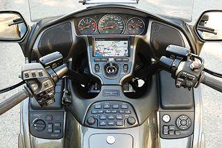 GL1800 Cockpit